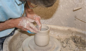 Alan-Gaillard-Irish-Pottery-Connemara-Stoneware-Wheel-Work-r