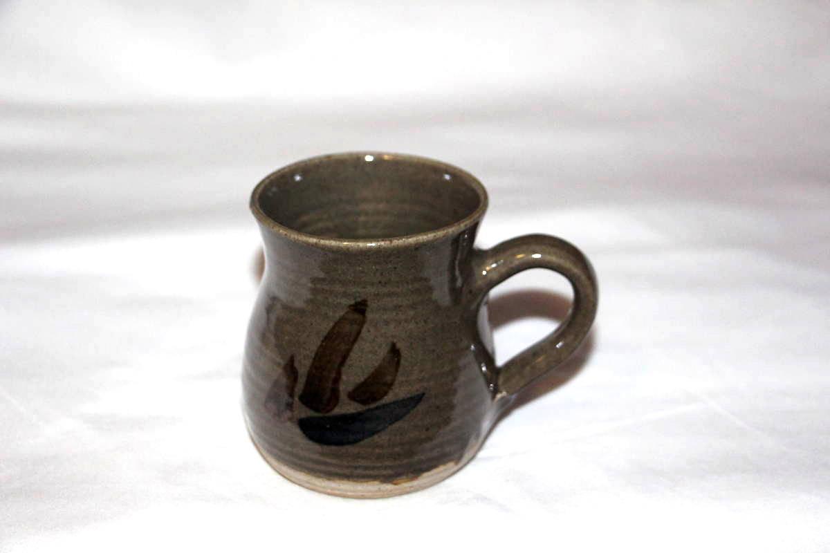 Alan-gaillard-irish-pottery-connemara-stoneware-mug-hooker-range