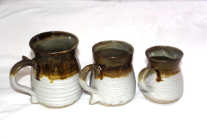 Alan-gaillard-irish-pottery-connemara-stoneware-standard-mugs-sizes
