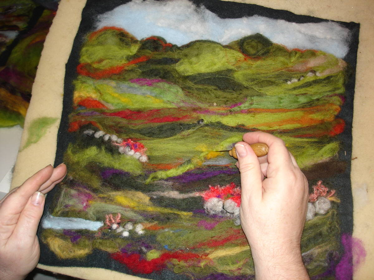 Sandra-O-Connor-Feltwork-Felt-Scenic-Images-Close-up