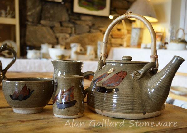 alan-gaillard-irish-pottery-connemara-stoneware-Galway-Hooker-Teapot-mugs-bowls