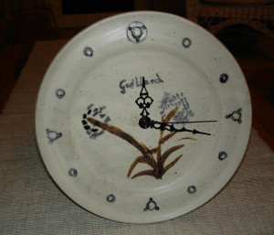 alan-gaillard-irish-pottery-connemara-stoneware-Wall-Clock