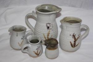 alan-gaillard-irish-pottery-connemara-stoneware-standard-jug-sizes