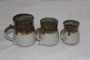 alan-gaillard-irish-pottery-connemara-stoneware-standard-mugs-sizes