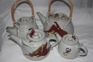 alan-gaillard-irish-pottery-connemara-stoneware-teapots