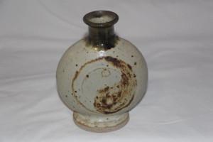 alan-gaillard-irish-pottery-connemara-stoneware-yin-yang-vase2