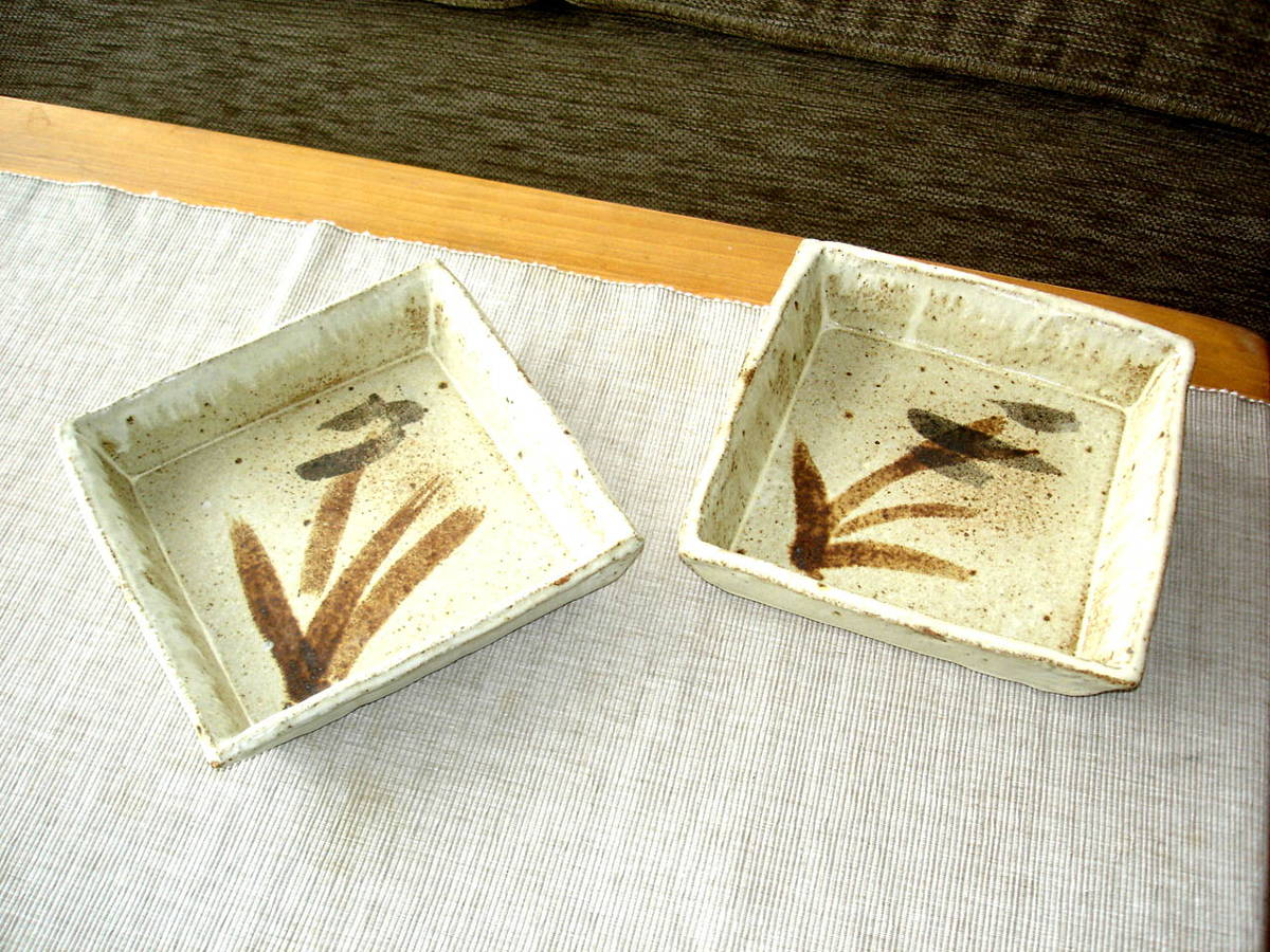 alan-gaillard-irish-pottery-connemara-stoneware-18cm-square-serving-dishes